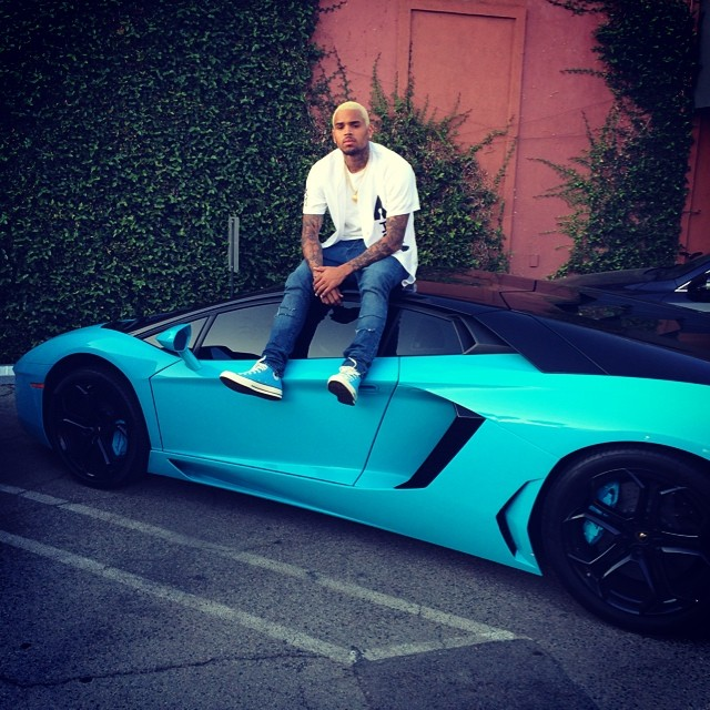 chris-brown-wears-blue-snickers-while-sitting-on-his-sky-blue-aventador-85132_1